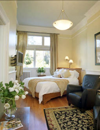 victoria-bed-and-breakfast-suite_0